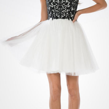 Lace Bodice Tulle Skirt A-line Homecoming Dress Strapless Black/White