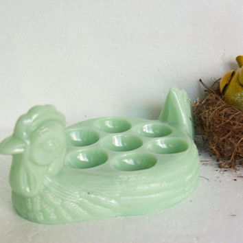 Jadeite Serving – Vintage Chicken Egg Holder – Green Milk Glass - Vintage Egg Holder – Mint Green Serving Piece – Green Kitchen