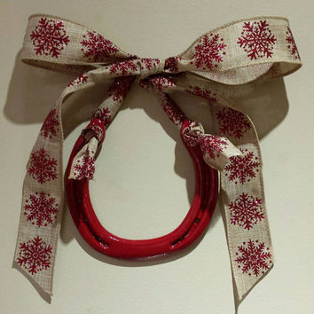 Horseshoe, Lucky Red Painted horseshoe with Natural Linen snowflake Bow-Free Custom Gift Tag, horse shoe, good luck, christmas horseshoe