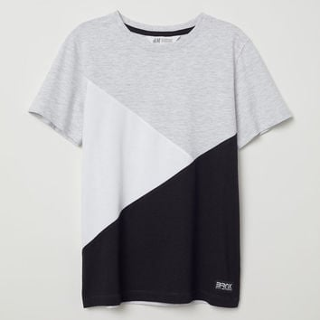 T-shirt with Chest Pocket - Light gray/color-block - Kids | H&M US