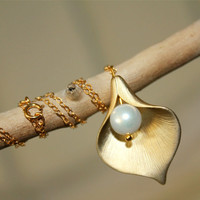 Gold Calla Lily Necklace Pearl Necklace by anatoliantaledesign