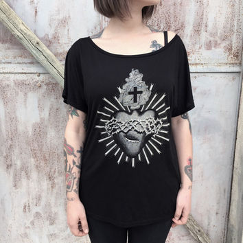 Tunic t-shirt for ladies, sacred heart design