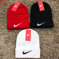 NIKE Knitted Beanie Cap Hat Winter Warm