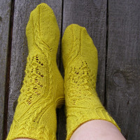 Sun-gold lace wool socks,Hand knit socks,House socks,Bed socks.