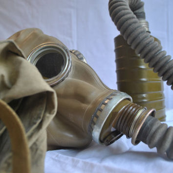 Vintage Gas Mask - Steampunk Mask - Halloween scary mask - USSR army gas mask - Respirator gp 5 - Soviet uniform