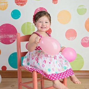 POLKA DOTS VINYL BACKDROP - 5x6 - LCCR7046 - LAST CALL