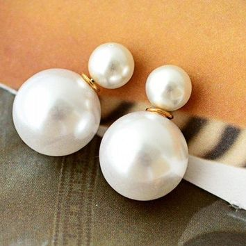 Pair of Faux Pearl Decorated Double End Stud Earrings - White