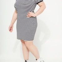 Plus Black Striped Pattern Super Soft Dress