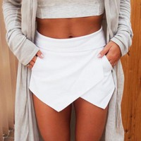 One-nice™ Fashion Irregular Asymmetrical Solid Color Mini Shorts