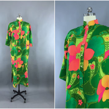 Vintage 1960s Caftan Dress / 60s Kaftan Maxi Dress / Hawaiian Print Tropical Festival Loungewear / Green Neon Pink Orange