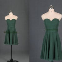 short dark green chiffon bridesmaid dress,simple sweetheart gowns for wedding party,2014 cheap bridesmaid dress on sale.
