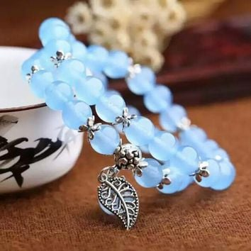 Blue Crystal Bracelets Round Beads Lucky Tibetan Silver Leaf Pendant for Lovers