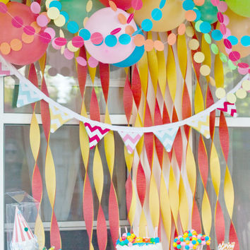 paper circle garland ... pom dot party decor banner .... 12 feet // birthday party decor // wedding decorations // bridal baby shower