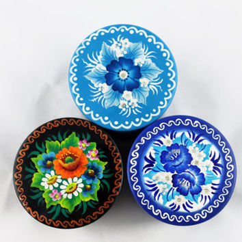 Lot of 3 Boxes Round Decorated Hand Painted Handmade Souvenir Gift Handicraft Diameter 7.5 cm