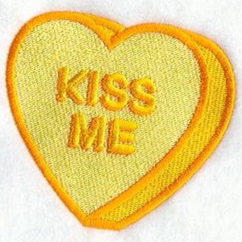 """Embroidered Patch - Valentine Conversation Heart """"Kiss Me"""" - sew or glue on 3x3"""""""