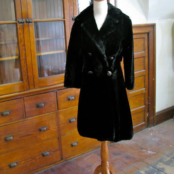 Vintage 1960s 1970s Fur Label Authority Sheared by semprevintage