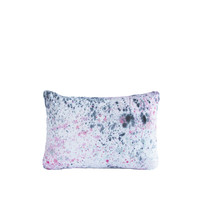 14X20 PRINTED LINEN PILLOW: DYE DOTS PRINT