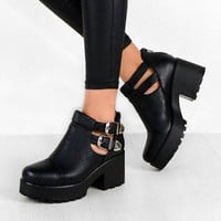 KIMI Cut Out Chunky Heel Double Buckle Ankle Boots In Black – NaomiShu