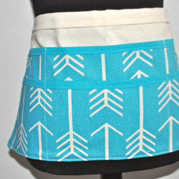 Teal Teacher Apron, Women's Vendor Apron, Carpenter Apron, Teal Arrow apron, utility apron, preschool teacher apron, Teacher appreciation