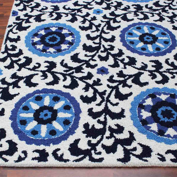 Bohemia Floral Black White 5 x 8 Handmade Persian Style Wool Area Rug
