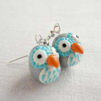 Staring owl earrings with grey and turqoise by NellinShoppi