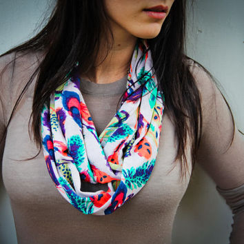 Feathers Infinity Scarf // Circle Scarf // Adult Scarf // Toddler infinity Scarf // Kid Scarf // little girl Scarf // MJC0920