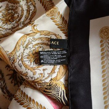 LMFONG6 Versace pure silk scarf 34 x 34' very good condition