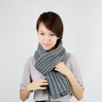 Hand Knit Scarf in Gray, Women's Scarf, Men's Scarf, Lightweight Chunky Scarf, Fall Fashion, Winter Accessories