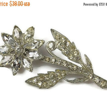 Holiday Sale Large Rhinestone flower Brooch Exquisite Leaf Flower Detailing