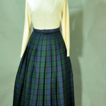 SOLD Vintage 1980's Preppy Black Watch Plaid Tartan Pendleton Skirt
