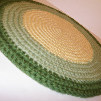 Crochet Rag Rug, Thick and Plush Area Rug, Pet Bed Round in Lemon Yellow, light Sage Green and Dark Sage /Lime Green Rim