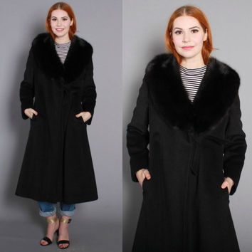 70s Fluffy FOX Fur Collar COAT / 1970s Soft Black Wool Fit and Flare Winter Coat