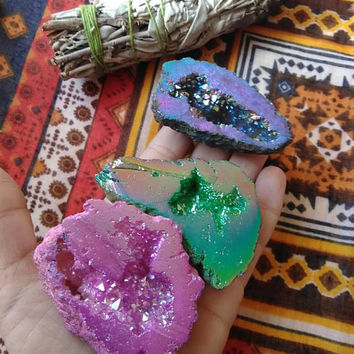 Quartz Crystal Geode - Crystal Geodes - Rainbow Quartz - Angel Aura - Titanium Quartz - Reiki Infused - Geode Set - 248 Grams - #603