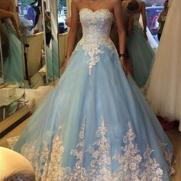 Light Blue Long Prom Dresses 2017 Graduation Dress Sweetheart vestido de festa Appliques Sweep Train Tulle M643
