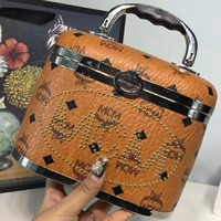 MCM Mode Creation Monic Munich Legendary Fashion Classic Makeup Bag Box Pack Super Fine Retro Box F-AGG-CZDL
