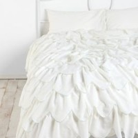 Scalloped Ruffle Duvet Cover