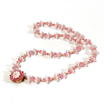 Pink Flower Beaded Necklace, Single Strand, Faceted Glass Beads, Plastic Beads, Multi Shapes, Gold Spacers, Jeweled Clasp, Vintage 1950s