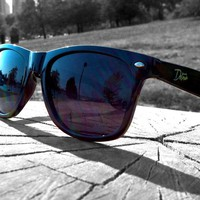 Detour Sunglasses — Clean Black - Polarized Smoke Lens- Eminence