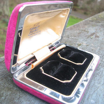 Elegant Vintage Double Ring Box - Engagement Ring Presentation, Storage or Jewelry Display Box