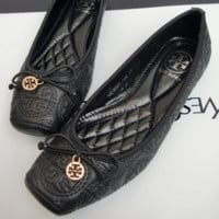 Tory Burch New Fashion Hot Flat Bow Knot  Shoes Single Shoes Black