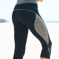 Capri Workout Leggings - Gray