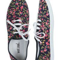 Ditsy Floral Tennis Shoe