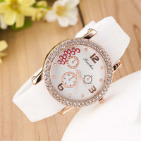 WOMENS CASUAL FASHION SILICONE SPORTS WATCH  382