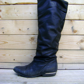 80s Slouchy Black Boots Gold Metal Heel Vintage Ladies Hippie Boho Slouch Riding Boot Size 6 1980s Preppy Chic Fall Fashion Womens Shoes