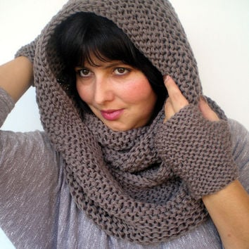 Taupe Set Circle Scar and Figerless Glovess Hand Knit Circle Scarf  Set Scarf and GlovesNEW