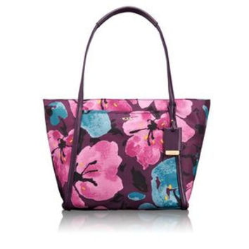 Tumi Voyageur Small Q Tote in Peony Floral