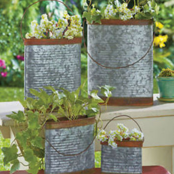 Set of 4 Galvanized Metal Containers Vintage Looking Rustic Planters Patio Deck