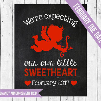 Valentine pregnancy announcement, Valentines pregnancy photo prop, Valentine Pregnancy chalkboard, We're expecting, FEBRUARY 2017 DUE DATE