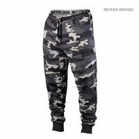 Better Bodies Men's Tapered Camo Pant