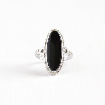 Vintage Sterling Silver Onyx Ring - Size 8 1/2 Art Deco 1930s 1940s Black Oval Gemstone Statement Uncas Jewelry